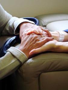 A nyílt, őszinte kommunikáció sokat segíthet a beteg helyzetének elfogadásában