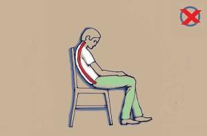 Helytelen ülés támlás széken